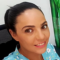 Veronica Caredent Albacete